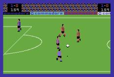 International Soccer C64 11